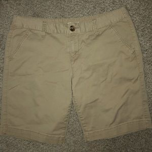 Above the Knee Khaki shorts